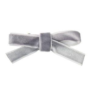 pinza terciopelo gris